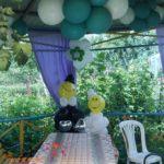 Жених и невеста из воздушных шаров