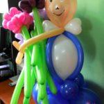 Джентельмен с букетом из воздушных шариков
