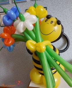 Пчела из воздушных шариков